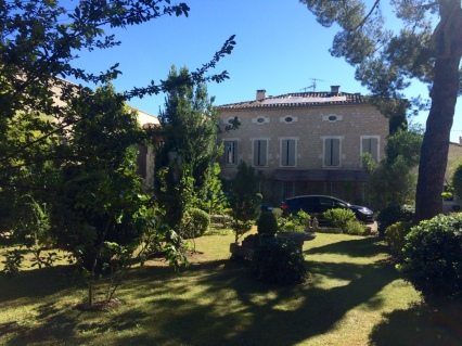 Our villa in St Remy de Provence - Mas Alpilles Soleil, hosted by Linda and Robert Genot-Sandrinot.
