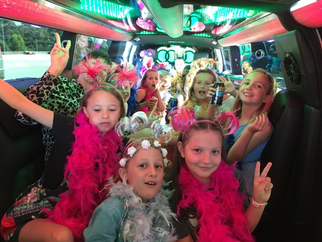 IMG_0319 - Lily Party - Girls in Limo